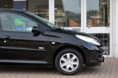 Peugeot-206+-26