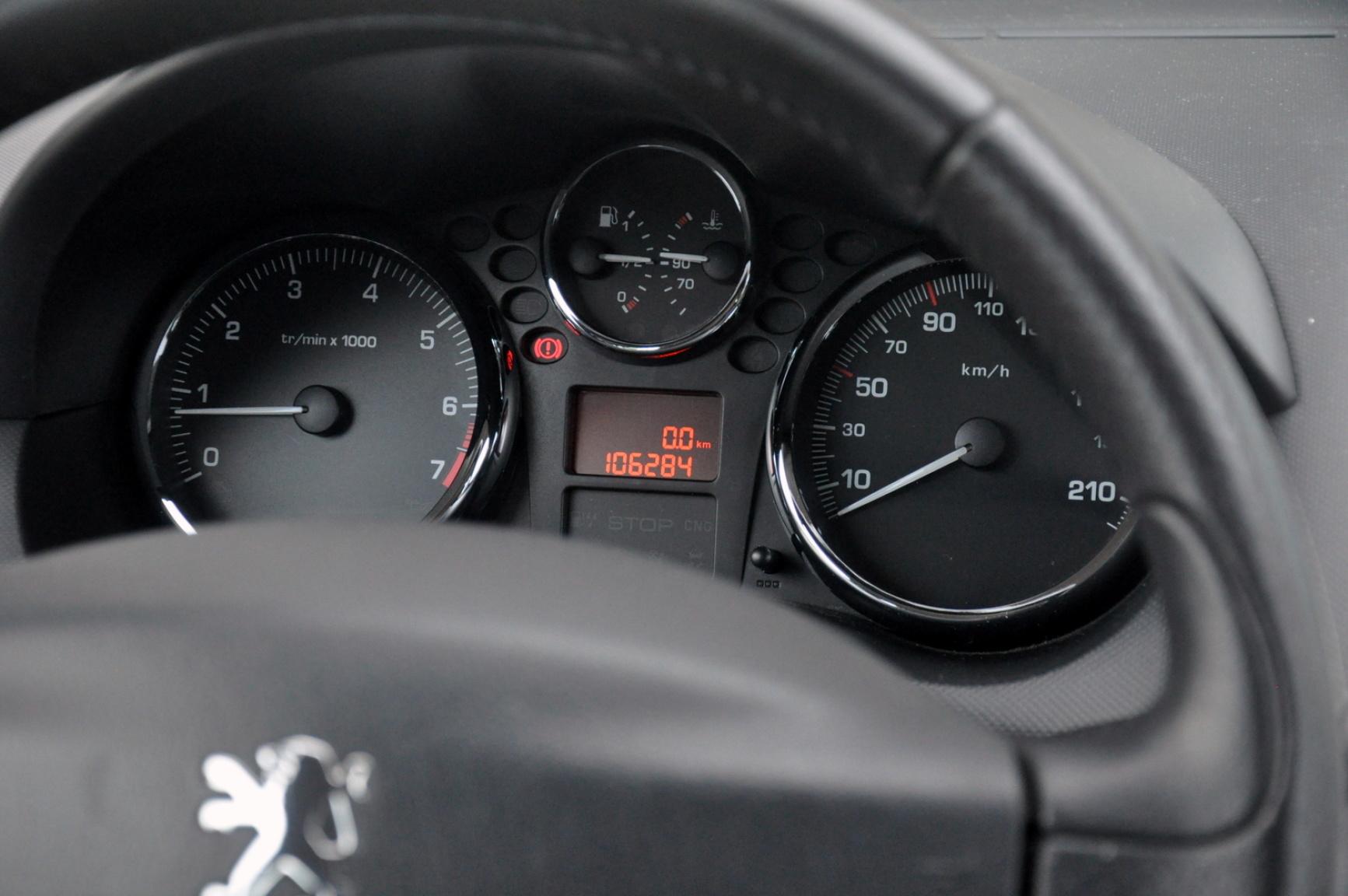 Peugeot-206+-16