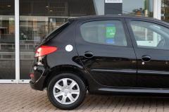 Peugeot-206+-27