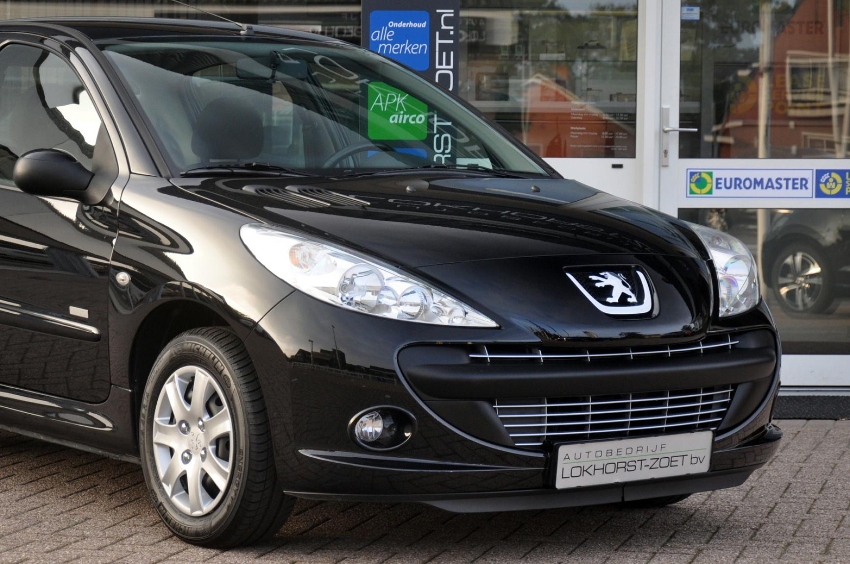 Peugeot-206+-28